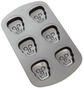 Wilton Haunted Manors 6 Cavity Pan By Wilton 12 35 Easy