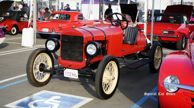 1926 Ford Model T Roadster sold at McCormick's Collector Car Auction 63 http://www.specialcarstore.com/content/mccormicks-collector-car-auction-63-results
