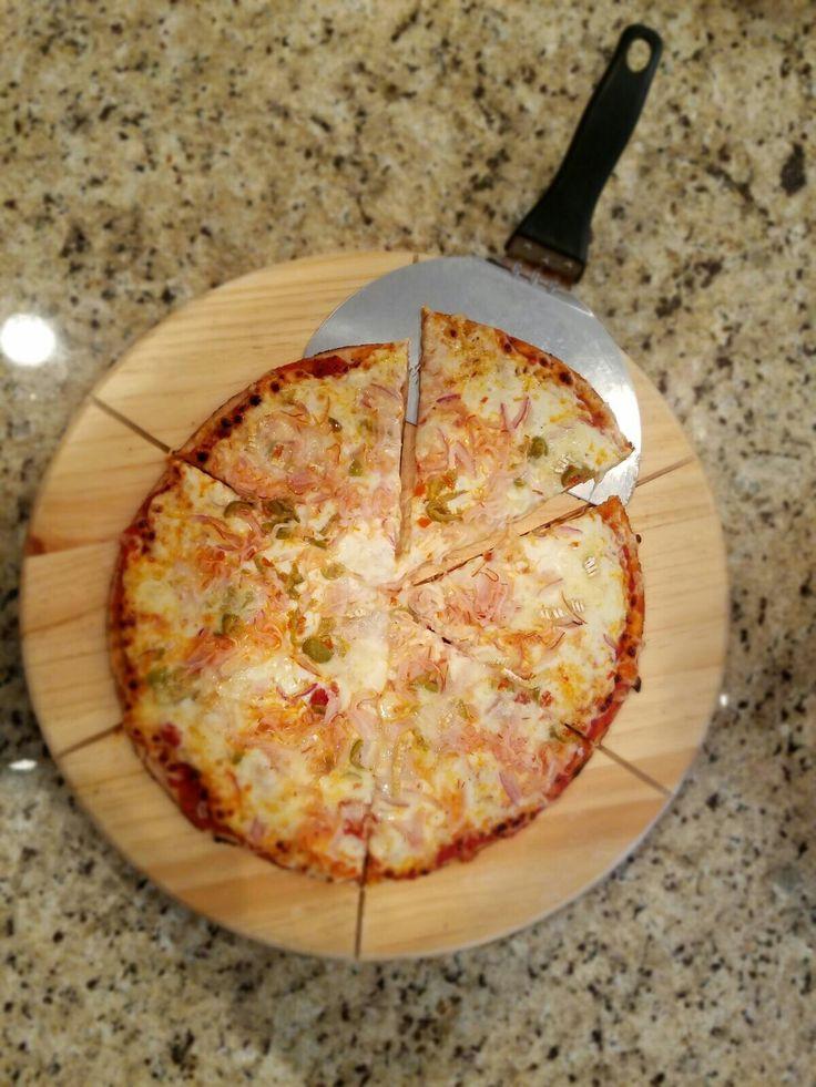 Tabla guía para pizza en pino