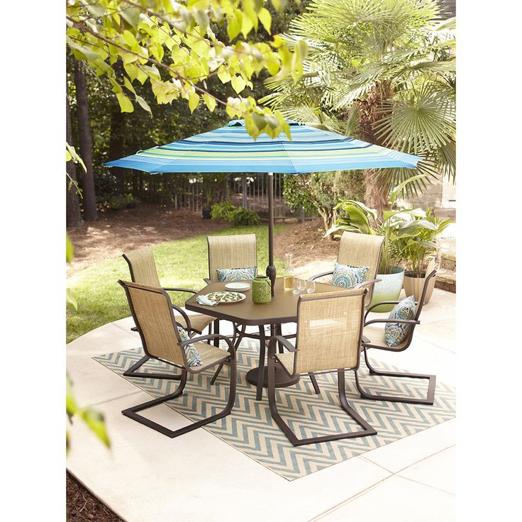 Lowes on sale for 350 table & chairs Patio, Patio