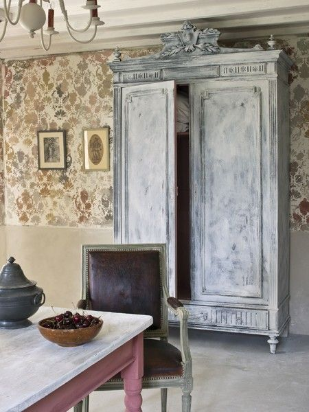 Dry-Painted Armoire   Photo Gallery: Annie Sloan's Colour Recipes For Painted Furniture   House & Home   Photo by Christopher Drake