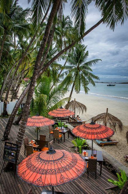 "visitheworld:  ""Ngapali Beach / Myanmar (by Oliver H16).  """