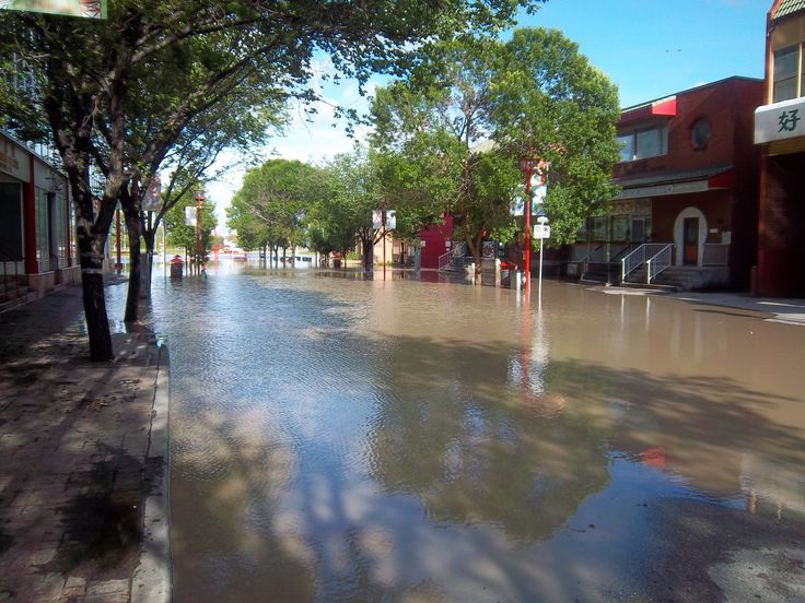 Calgary Flooding dowtown Chinatown area. 2013