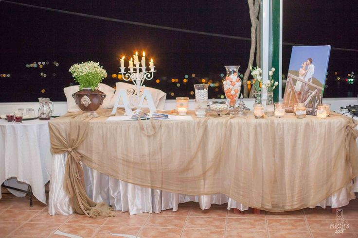 Trapezi Euxon / guest book table / wishes table