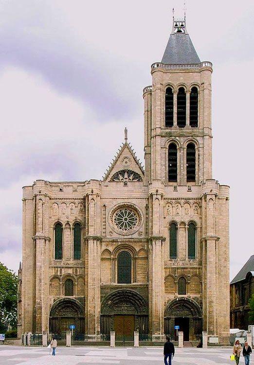 kościół opactwa Saint-Denis. fasada 3-osiowa
