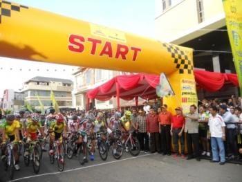 Tour D'Khatulistiwa: Memperingati Cap Go Meh dengan Rasa Internasional