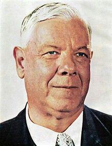 6de Eerste Minister van die Unie van Suid-Afrika.  Vermoor op die 6de September 1966 dr.H.F.Verwoerd.