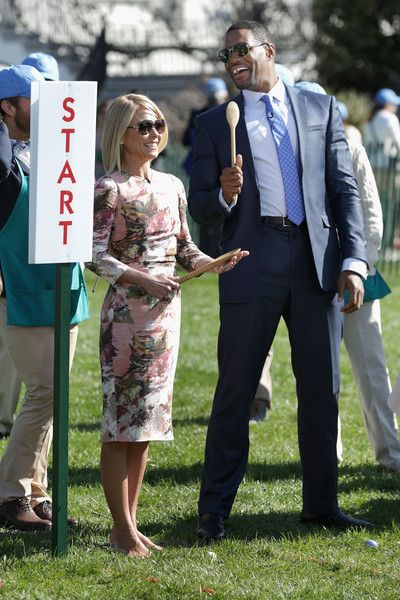 ♥♥♥Kelly Ripa♥♥♥ Kelly Ripa Photos - White House Hosts Annual Easter Egg Roll On The South Lawn - Zimbio