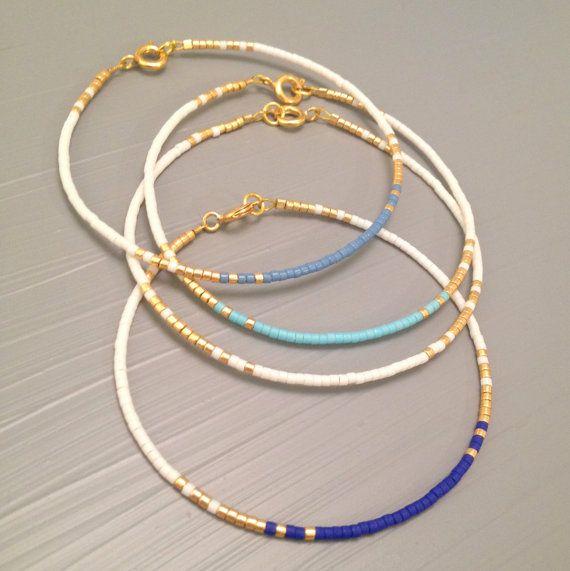 Fijne dunne armband iets armband blauw gouden bruiloft
