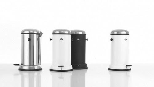Design Vuilbak Keuken : Pedal bin 14L by Vipp photography / things ...