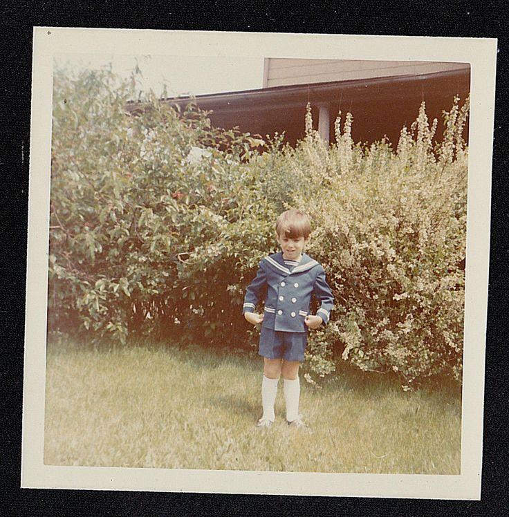 Старинная антикварная фотография милый маленький мальчик в матрос наряд стоя в заднем дворе | eBay