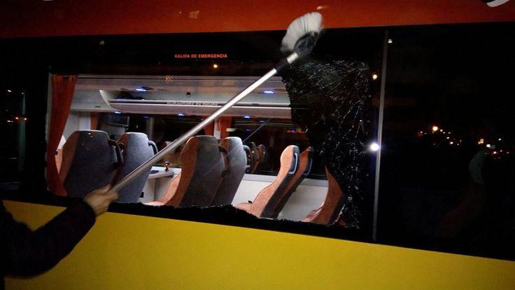 Noticias de Deportes : Atacado un autobús de aficionados del Real Madrid