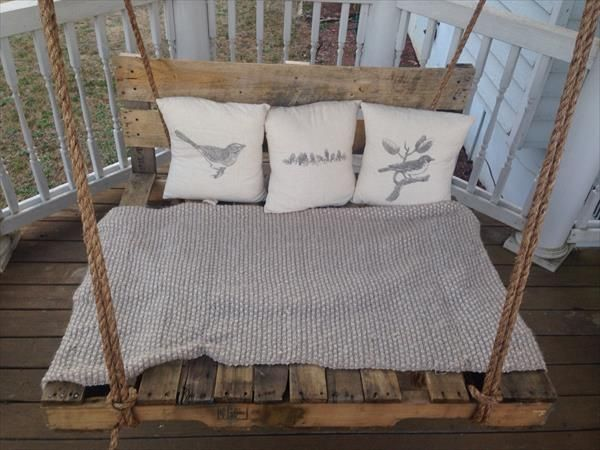 Best 25 pallet porch swings ideas on pinterest for How to make a pallet porch swing