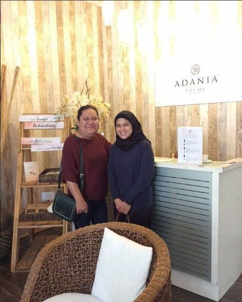 http://ift.tt/2Gqo2P3 Good afternoon  Do come and drop by at ADANIA Face Spa. Glow Booster Vitamin C facial promo is still on  #adaniafacespa #adaniaskincare #adania #natural #organic #spa #beauty #naturalskincare #organicskincare Repost from @adaniaofficial
