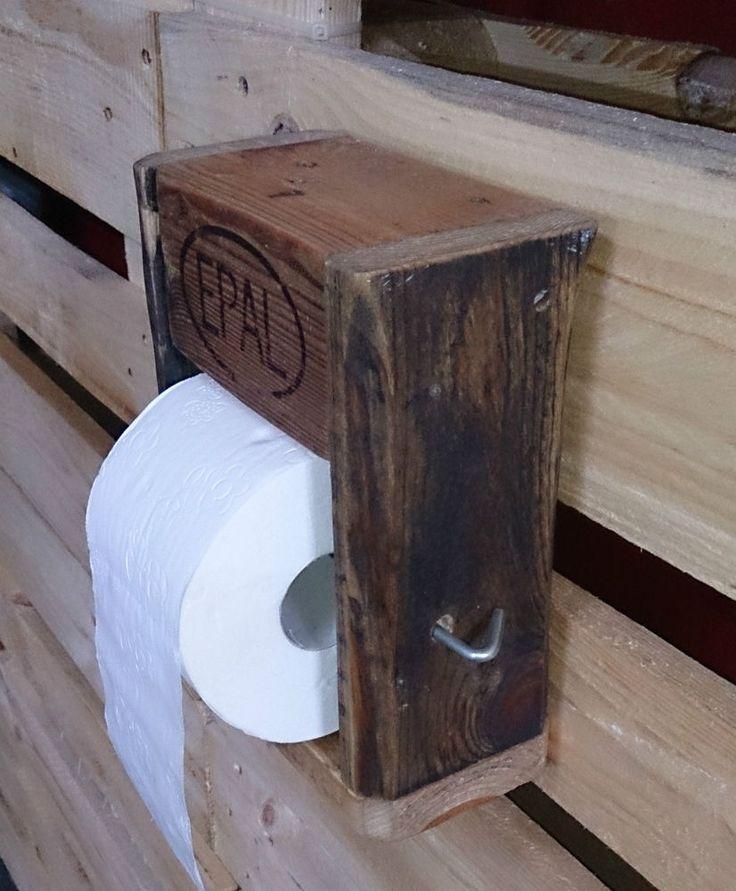 Toilettenpapierhalter aus 100 % recycelten Euro Paletten - Palettenmöbel