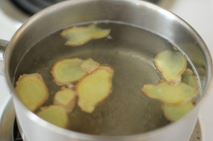 Zázvorová voda: Najzdravší nápoj, ktorý vám pomôže spáliť nadbytočné tuky na bokoch, páse a stehnách! | TOPMAGAZIN.sk