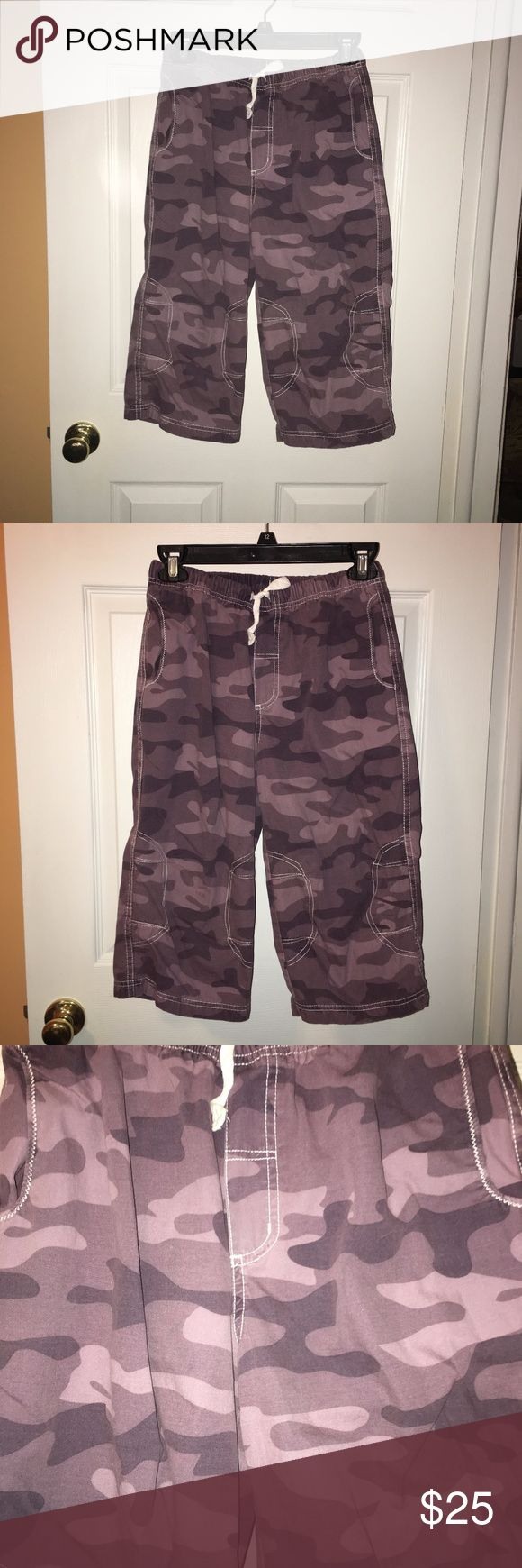 HANNA ANDERSSON Purple Cargo Camo Capri Pants Kids HANNA ANDERSSON Purple Cargo Camo Capri Pants 150/ US 12  *** I Post Pictures and approximate measurements for your reference only, please do your due diligence. #hannaandersson #kidshannaandersson #kidshannaanderssoncapripants #girlscamocapripantss12 #hannaanderssoncapripantssz150 Hanna Andersson Bottoms Casual