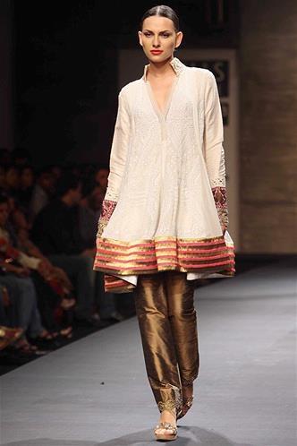 Manish Malhotra 39 S Aw13 Wills Lifestyle India Fashion