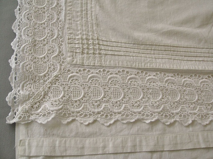French lace-edged pillowcase & sheet