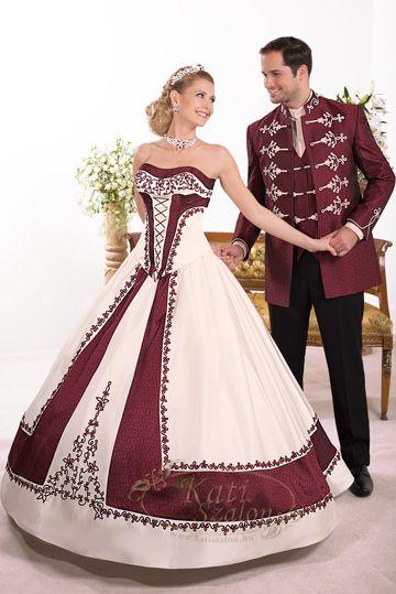 88/1-ekrü-bordó zsinóros menyasszonyi ruha, modern pánt nélküli fazonban, K 37-es férfi atilla
