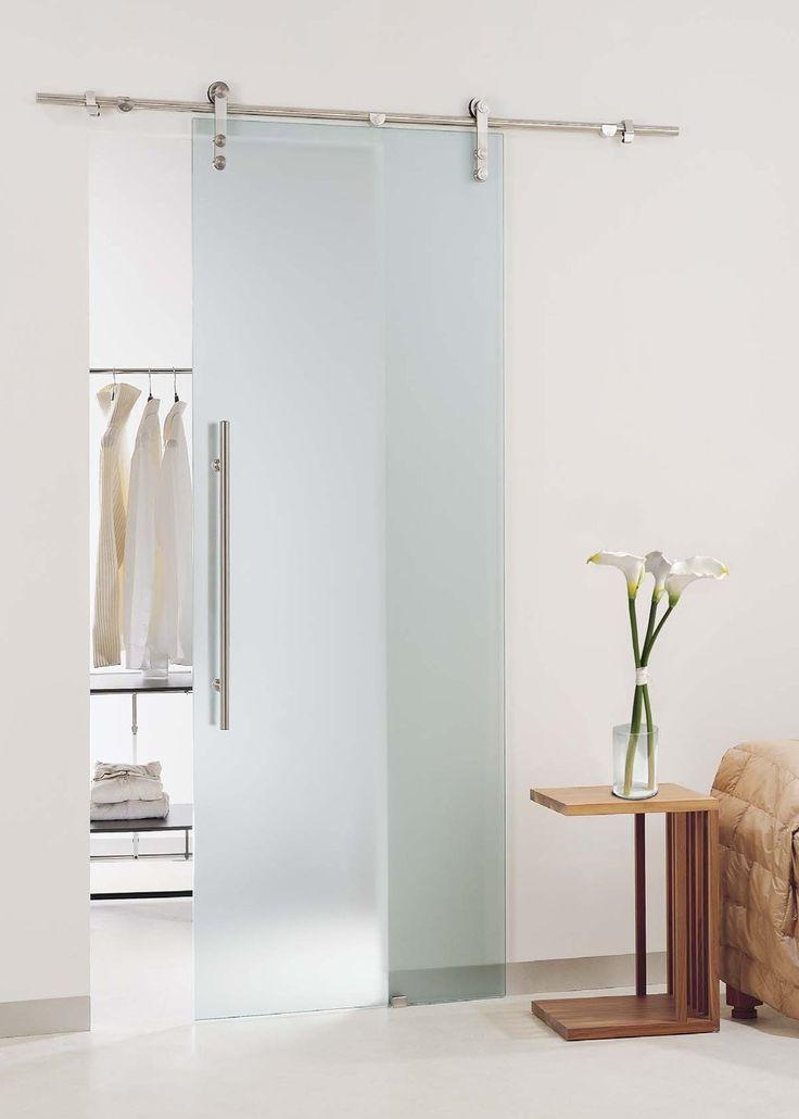 Glazen schuifdeur tussen slaapkamer en kleedkamer slaapkamer pinterest for Moderne kleedkamer