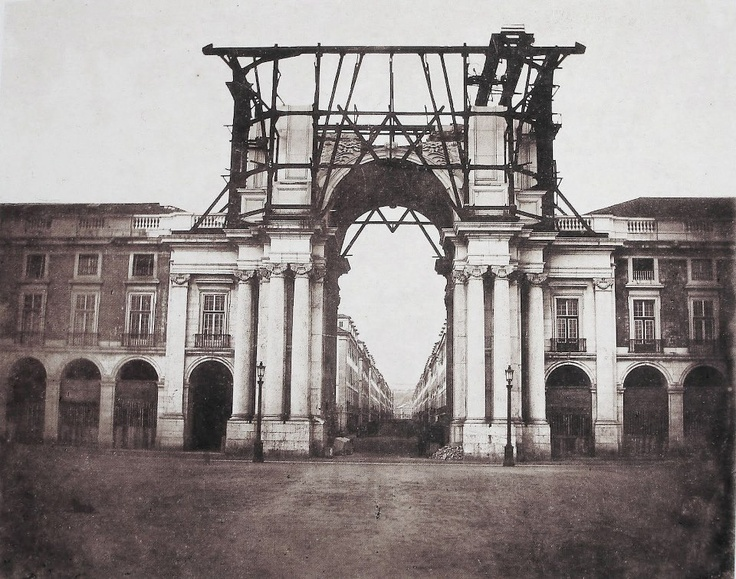 Lisboa - Arco da Rua Augusta na segunda metade do século XIX - Fotografia de Wenceslau Cifka