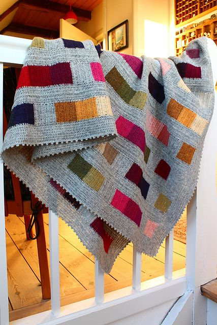 The pattern for colours and squares blanket in English is also on my blog colours and squares English