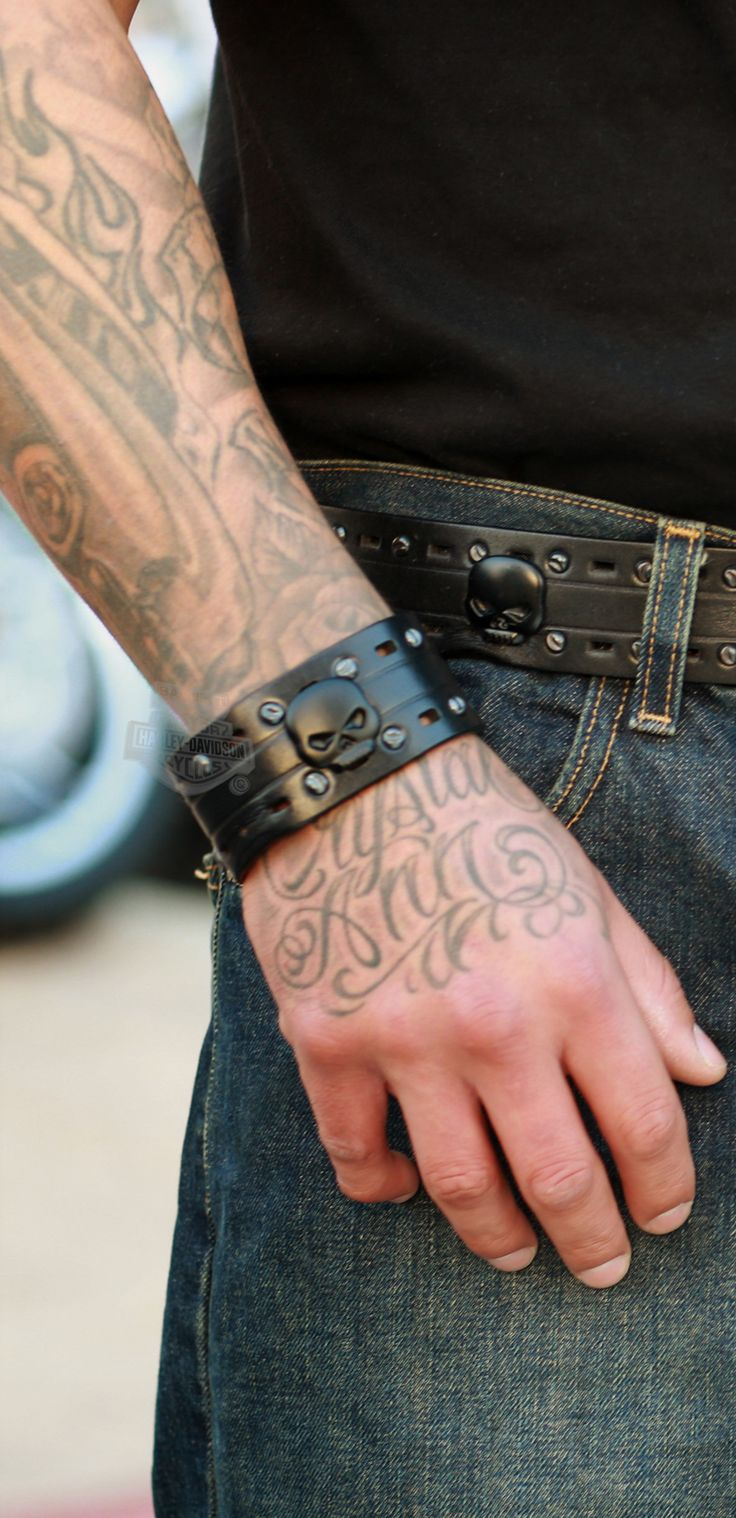 Diavolo leather motorcycle gloves - Harley Davidson Mens 2 Lane Black Top Willie G Skull Wrist Cuff By Lodis Black Leather For My True Radical Side That Few Have Ever Seen