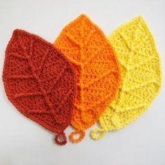 вязание крючком схемы прихватки листья
