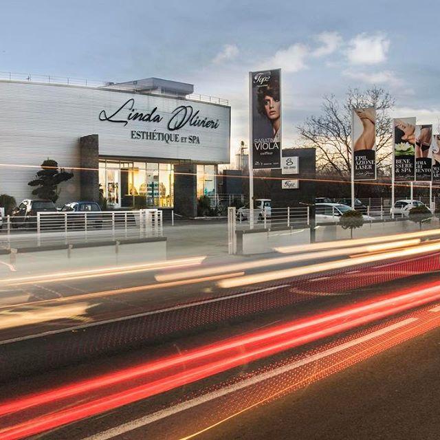 @olivierilinda  Outdoor Advertising | Il vostro successo è il nostro: l'evoluzione di un #progetto che  funziona nel tempo.  #raffaelecarrella #raffaelecarrellaarchitect #raffaelecarrellaarchitecture #raffaelecarrelladesign #raffaelecarrellaproject #costruzioni #ristrutturazioni #progettazioni #hotel #residenze #ville #interiordesign  #centromessegue #lindaolivieri #saviano #spa #design #piscina #relax #architecture #archdaily #archilovers #comfort #emotionalshower #sauna #hotsauna…
