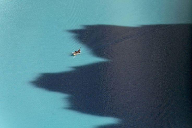 Photographie d'Art de Yann ARTHUS-BERTRAND du lac d'Attabad (Gojal Lake), vallée de Hunza, Pakistan, Gilgit–Baltistan (Territoires du Nord)