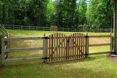 wood and wire fence designs | WOOD FENCES