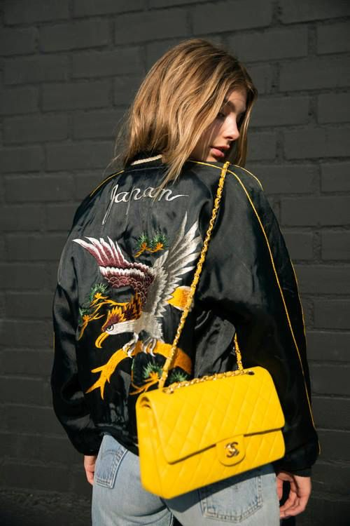 On ose les sacs à main colorés avec Leasy Luxe ! // www.leasyluxe.com #yellowbag #chanel #leasyluxe