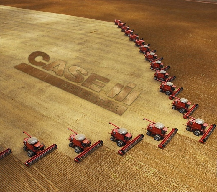 Tractors - Case/IH (International Harvester)  - red is red