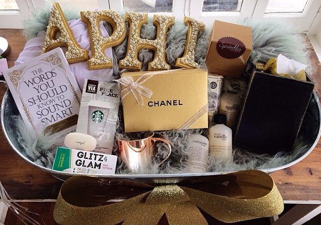 most GLAM big/little basket ever!#alphaphi #taylorforensyd #thewishlist