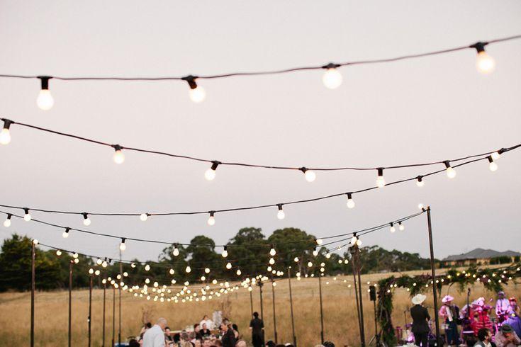 wedding-in-field-31