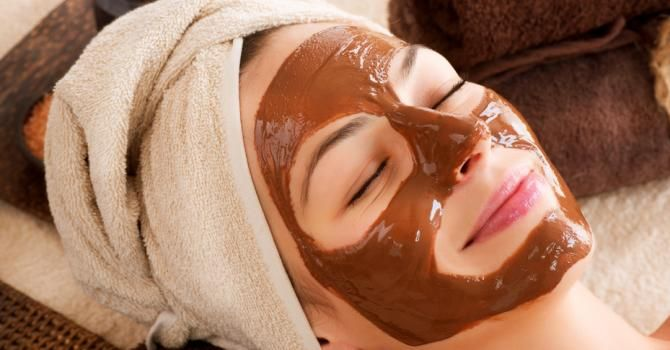 Recette de Masque beauté visage anti-oxydant au chocolat noir. Facile et rapide à réaliser, goûteuse et diététique.