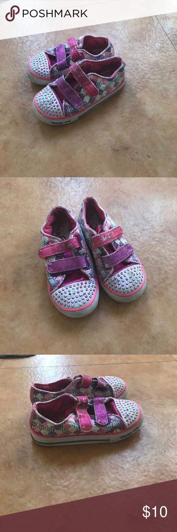 Cute shoes Skechers Twinkle Toes light up shoes for toddler girl Skechers Shoes Sneakers