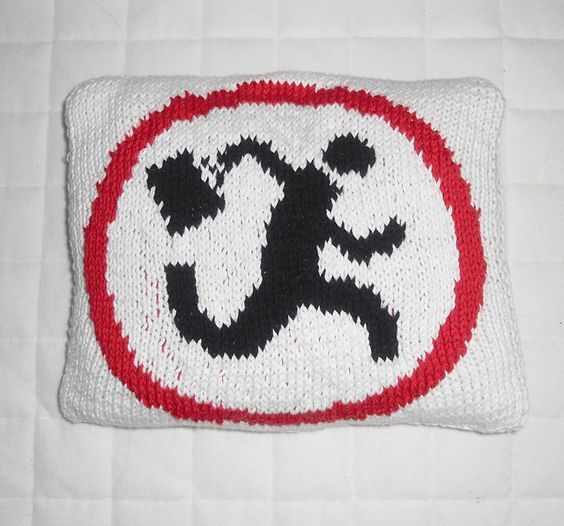 Logo Knitting Pattern : Free knitting pattern for nerd herd logo chart from tv