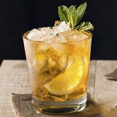 Combine Makers Mark®, lemon and mint to make the perfect whiskey smash. Get this bourbon whiskey smash recipe from The Cocktail Project.