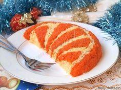 """Одним из салатов, которые можно смело подать на праздничный новогодний стол является салат """"Мандариновая долька"""", ведь Новый год обязательно ассоциируется с присутствием различных цитрусовых. Для …"""