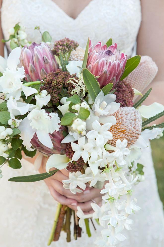 White fall wedding bouquet!