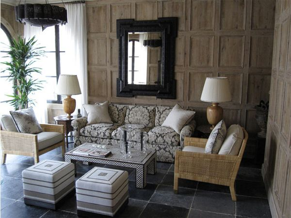 Love the panelled walls