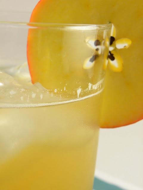 Maple-Bourbon Cider Cocktail | Kitchen Inspiration | Pinterest
