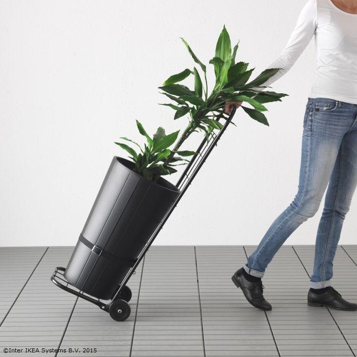 Nu-i aşa că primăvara ai chef să schimbi lucrurile prin casă? Căruciorul DUNSÖN e gata să te ajute. www.IKEA.ro/carucior_DUNSON