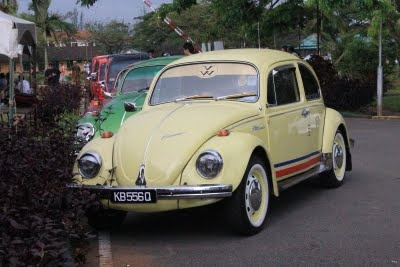 VW Beetles frolic together at an auto show in Kuching, Sarawak, MalaysiaBeetles Autoshow, Autoshow Icat