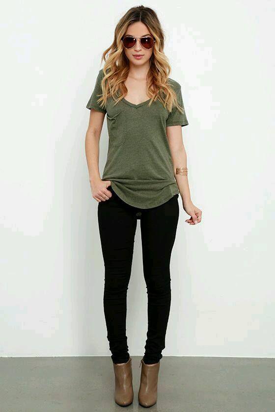 Outfits en tono verde militar