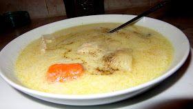 ΜΑΓΕΙΡΙΚΗ ΚΑΙ ΣΥΝΤΑΓΕΣ   Υλικά  1 κοτόπουλο  1 καρότο  1 πατάτα  1 κρεμμύδι  2 κουταλιές της σούπα...