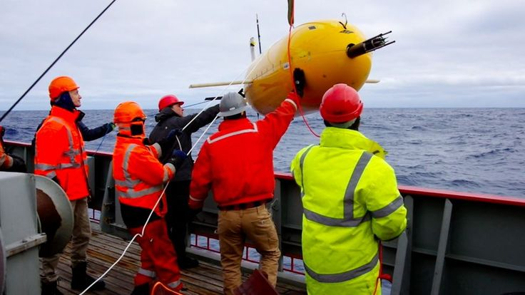 'Boaty McBoatface' submarine returns home https://tmbw.news/boaty-mcboatface-submarine-returns-home  Boaty McBoatface, the UK's favourite yellow submarine, has returned from its first major science expedition.The vehicle was used in the Antarctic to map the movement of deep, cold water as it moves away from the White Continent towards the Atlantic Ocean.Scientists say this flow of water plays an important role in helping to regulate the Earth's climate system.Boaty made a total of three…