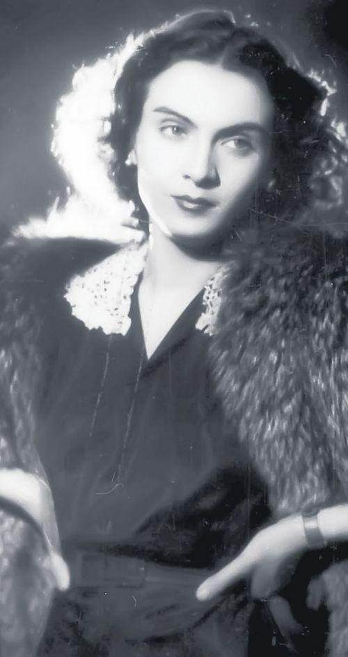 Maria Tanase popular singer